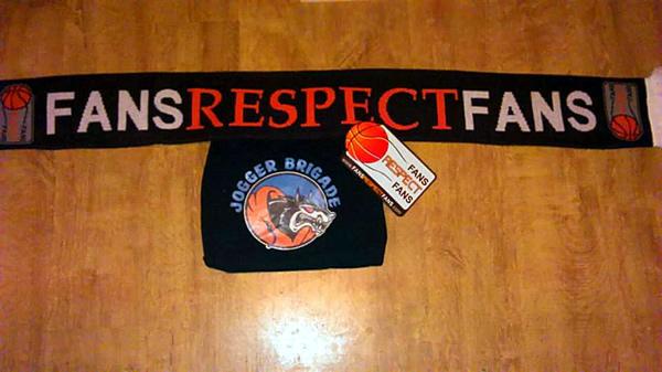 fans_respect_fans_schal